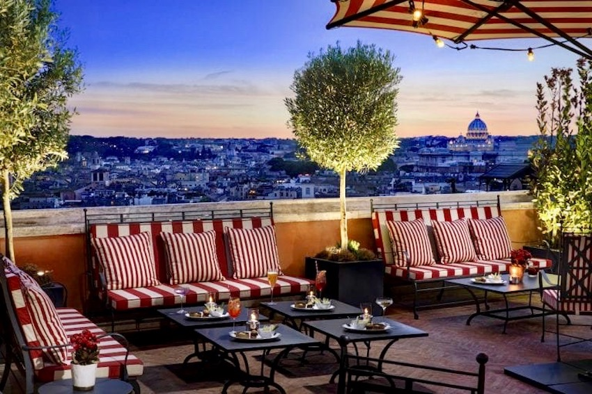 A super glamourous,stylish terrace for weddings in Rome with a beautiful view over st Peter's dome