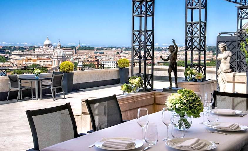 An amazing hotel for weddings in Rome with amazing terraces to hold dreaming elopements with view