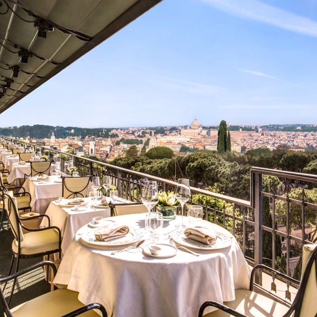 ideal for wedding receptions with view over Rome dinner tables set on the open air roof terrace