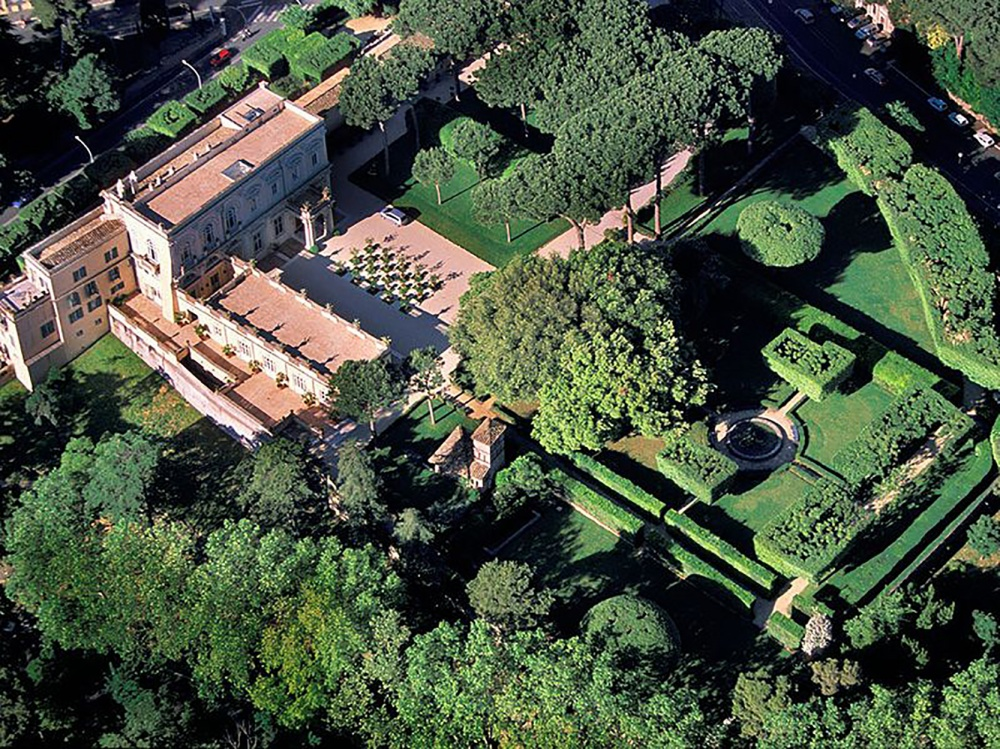 Aereal view of the wedding villa in Rome with italian style garden